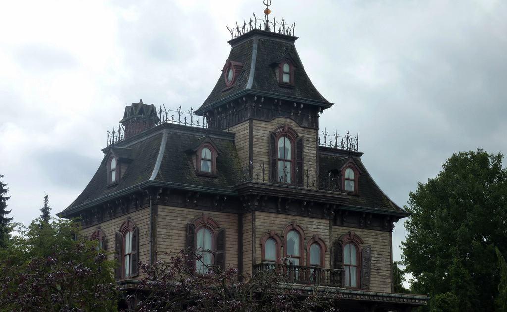 Beware haunted home near Saskatoon bridge | The Sheaf - The